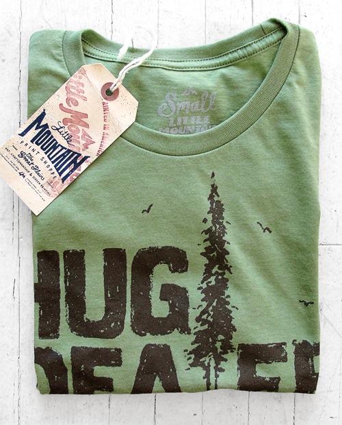 Hug-Dealer-Green-folded